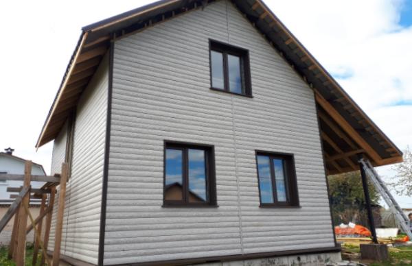 Виниловый сайдинг Текос Блок Хаус в оттенке Алтайская береза